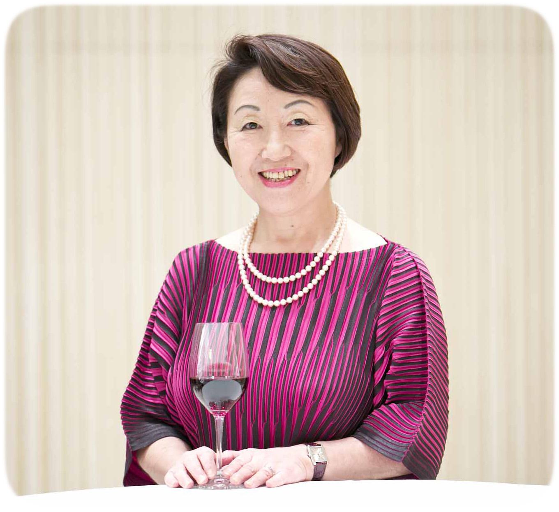 Sra.Yumi Tanabe Presidenta SAKURA